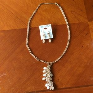 NWT Ethel & Myrtle necklace and earrings set
